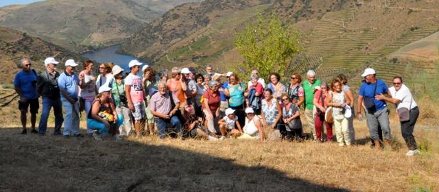 Passeio e  Arqueologia do Vale do Côa